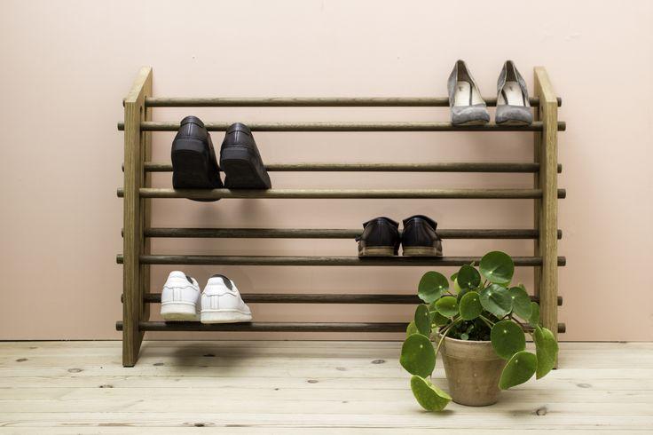 Moodstand - adjustable shoe rack