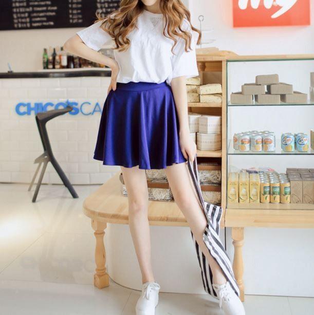 Moderní dámská krátká sukně modrá – SLEVA 50 % + POŠTOVNÉ ZDARMA Na tento produkt se vztahuje nejen zajímavá sleva, ale také poštovné zdarma! Využij této výhodné nabídky a ušetři na poštovném, stejně jako to …