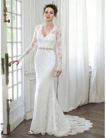 Robe de mariée en dentelle classique manche longue col en V