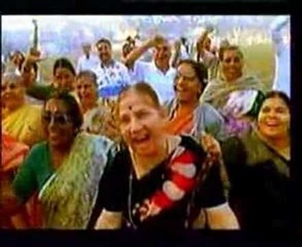 Love this wee vid by John Cleese who gives Laughter yoga a whirl in India...