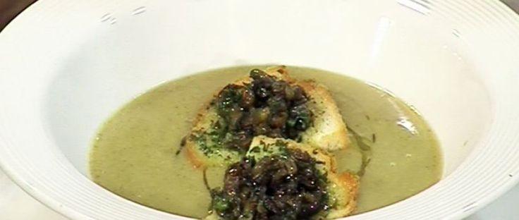 Zuppa di cicerchie e lumache di terra (Sopa de porotos y caracoles de tierra)