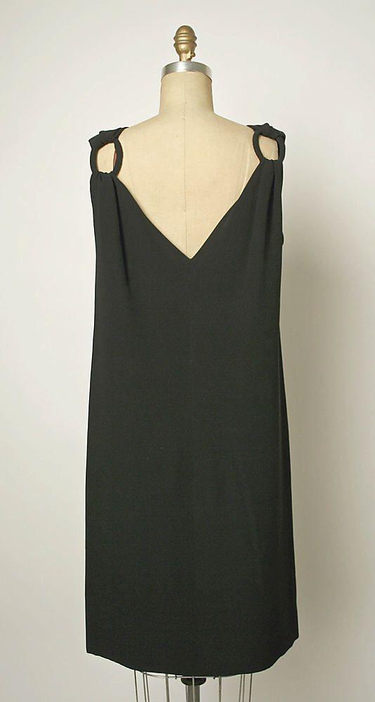 1966 to 67 Balenciaga Metropolitan Museum of Art, NY See more museum vintage dresses at http://www.vintagefashionandart.com/dresses