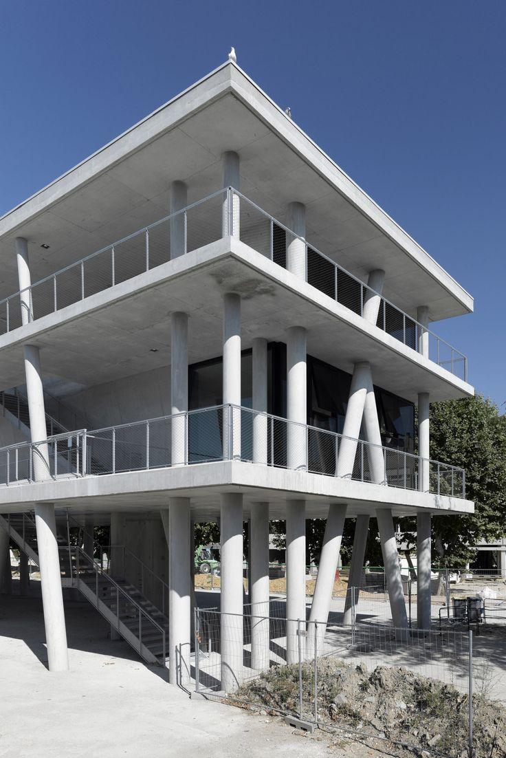 jean marc chancel · bibliothèque et salles de classe · Divisare