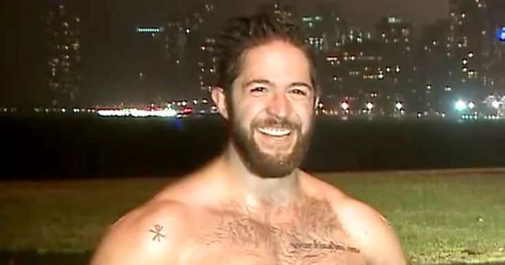 Insanely hot (and shirtless!) jogger Ethan Renoe went viral after crashing a live Chicago weather report — watch the hilarious video!