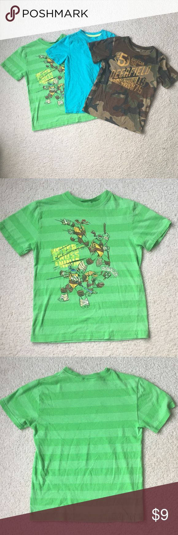 3 Boys T-Shirts Arizona/Nickelodeon sizes 8/10-12 3 Boys T-Shirts Arizona/Nickelodeon sizes 8 and 10/12(L). Green shirt is Nickelodeon and has pilling wear visible size Large. Army brown and turquoise shirt sizes 8 and Arizona brand. All are used but still good condition. Arizona Jean Company Shirts & Tops Tees - Short Sleeve