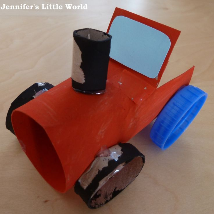 TP Roll tractor! How I love TP roll crafts!! Simply adorable. Via http://www.jenniferslittleworld.com/2012/08/craft-make-simple-toilet-roll-tube.html