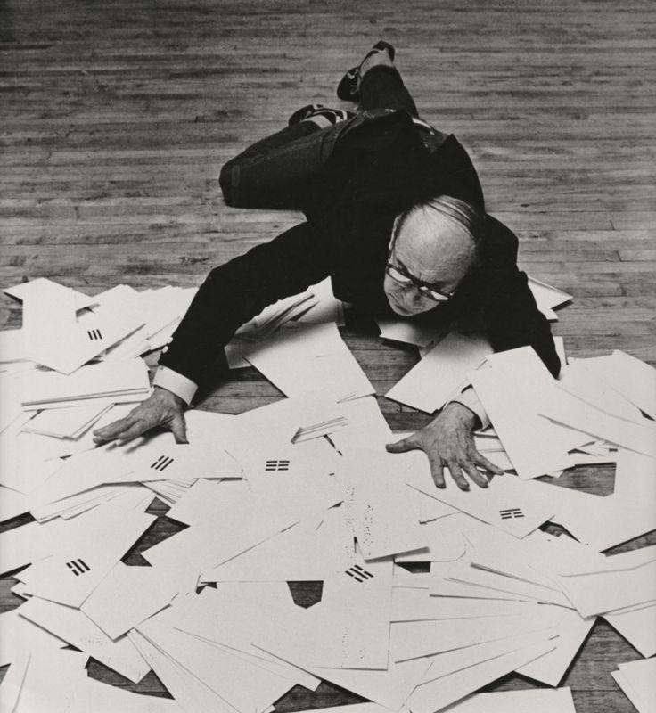 Vincenzo Agnetti - Artista concettuale (Milano, 14/9/1926 - Milano 1/9/1981)