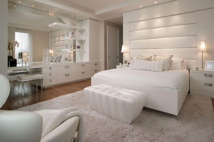Overwhelming Guest Bedroom Design Ideas With White Finish Cherry Wood Platform Beds And Beige Upholstery Leatherette Bench On Cream Rugs Also Dresser Drawers Integrated Large Frameless Wall Mirror, Impressive Of Beautiful Charmingly Bedroom Arrangement Ideas : Bedroom, Interior