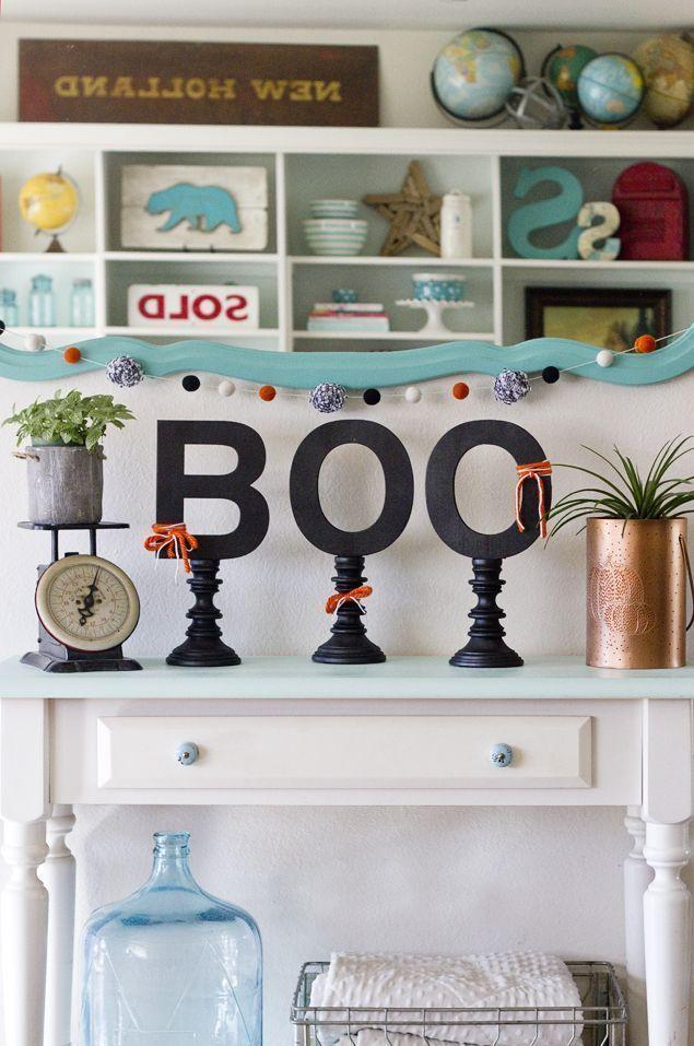 Easy Boo Candlesticks! Fun Halloween decor Everything Halloween - fun homemade halloween decorations