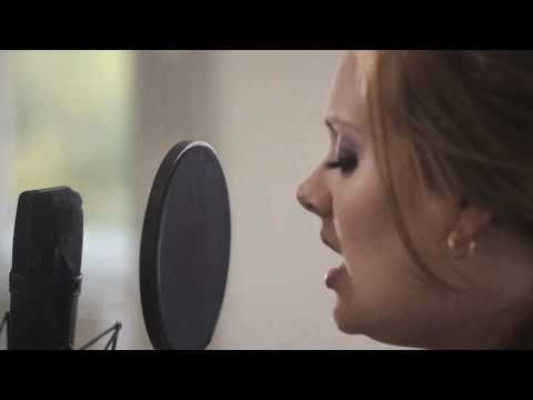 Adele - Someone Like You (Live in Her Home.)