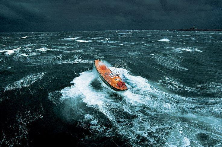 Море завораживает...