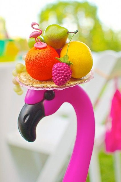 Fruity-Flamingo -- warning: cuteness level at maximum. what a party this must've been!