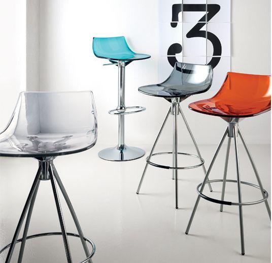 Sgabelli Flash by Scavolini: moderni e colorati! Scopriteli da Centro Mobili