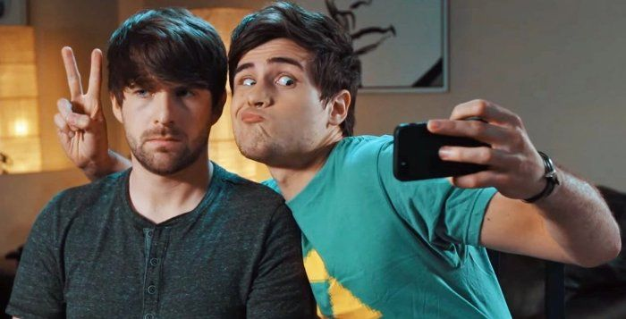 Smosh Net Worth – How Much money Does Smosh makes from YouTube ?