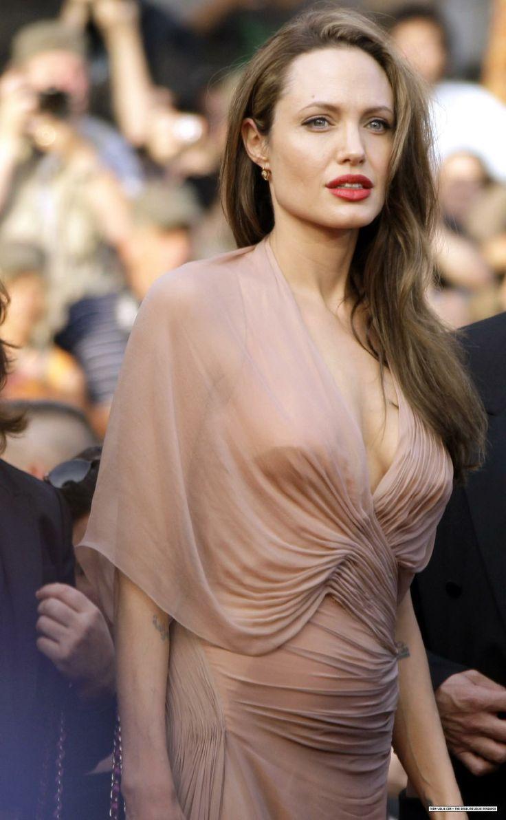 Angelina Jolie at Cannes Film Festival - Inglourious Basterds Premiere