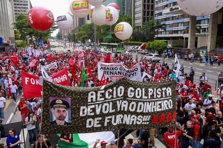 rfalcao13: RT ptbrasil: #Dia3BrasilPraFrente São Paulo também se une pelo Dia Nacional de Luta em defesa da Democr…