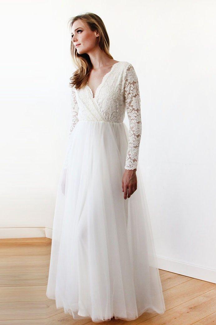 Eleganter V-Ausschnitt Langarm in voller Länge Tüll Brautkleid mit Spitze Mieder #Brautjungfer #Hochzeit #Brautjungfernkleid #Homedecor