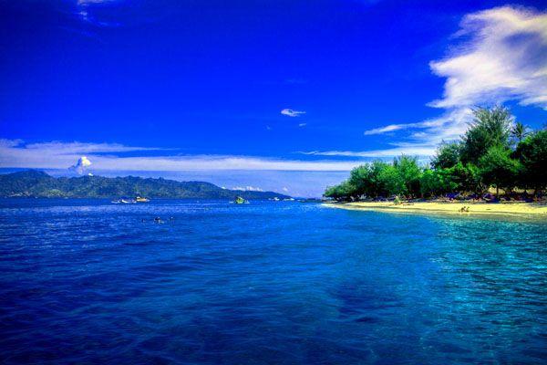 Pantai Senggigi Lombok. #WisataLombok #Senggigi
