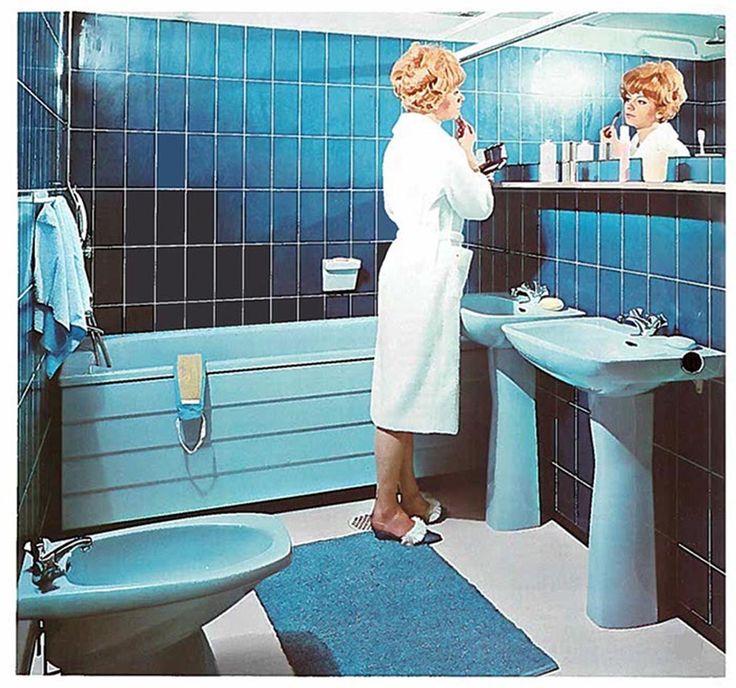 Upea turkoosi kylpyhuone IDO:n vanhassa mainoskuvassa. http://www.ido.fi #bathroom #bathroomdesign #interiordesign #homespa #scandinaviandesign #bathroomideas #bathroomsink #interiordecoration #toilet #factory #sink #finnishdesign #bathroominspiration #ceramics #ceramicsoven #bathroomidea #tap #washbasin #fauset #behindthescenes #sanitary #porcelain #interiorideas #advertisement #history #toiletseat #advertisement #marketing #retro #colorful #printad