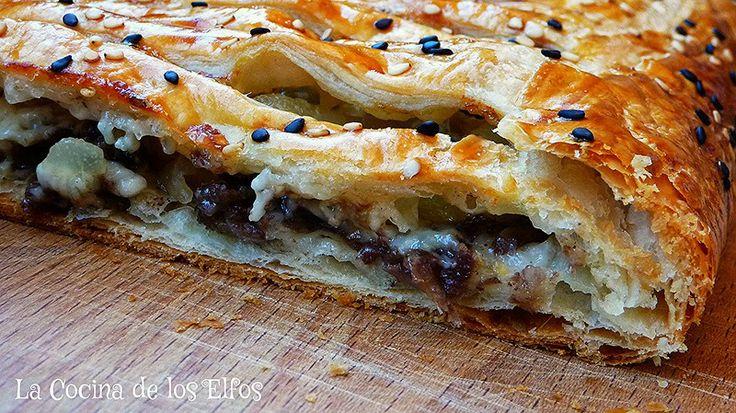 Hojaldre de Morcilla y Pera al Aroma de Gorgonzola / Black pudding, Pear and Gorgonzola Puff Pastry