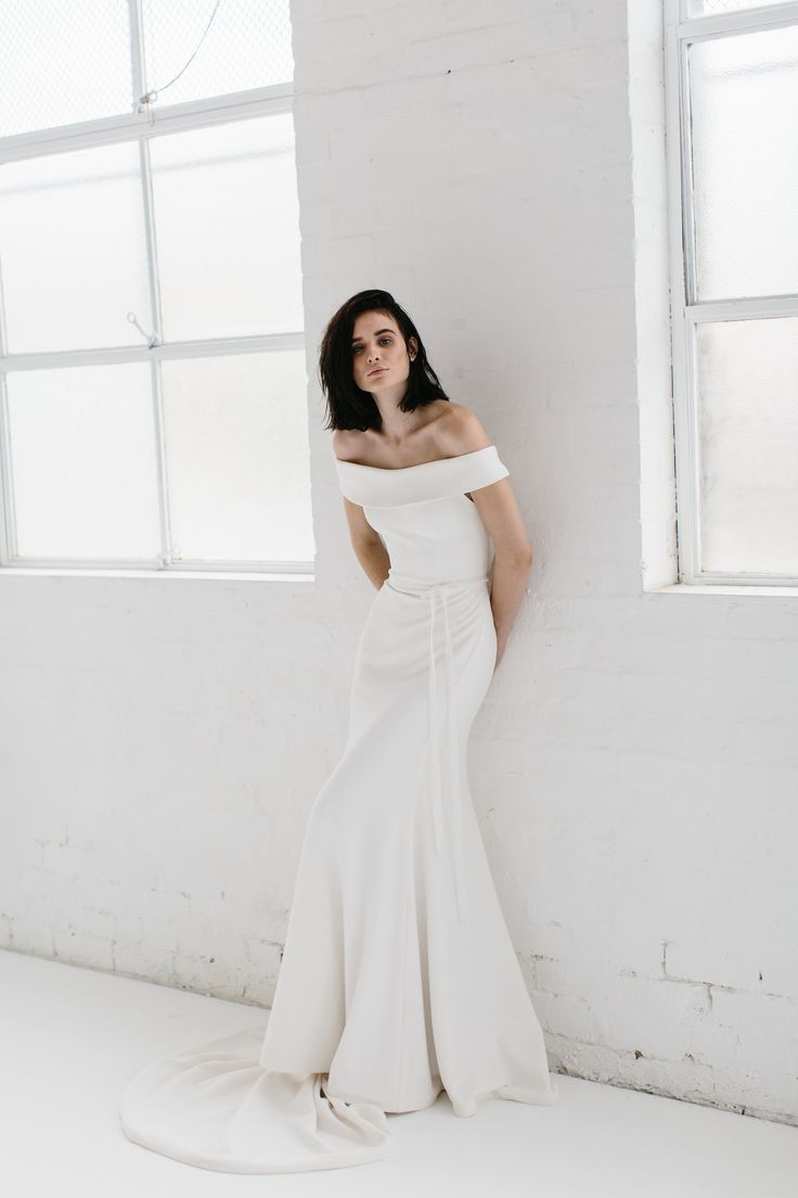 Karen Willis Holmes 2017 BESPOKE collection- In stores over the coming weeks!  Pictured is the Lauren gown  Photography - Kas Richards • HMUA - Sophie Knox   • Follow us@kwhbridal