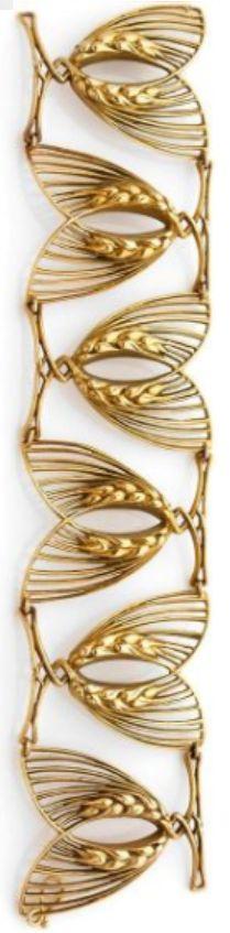 *** Amazing discounts on fine jewelry at http://jewelrydealsnow.com/?a=jewelry_deals *** AN ART NOUVEAU GOLD BRACELET BY RENÉ LALIQUE, CIRCA 1900. #ArtNouveau #Lalique #bracelet