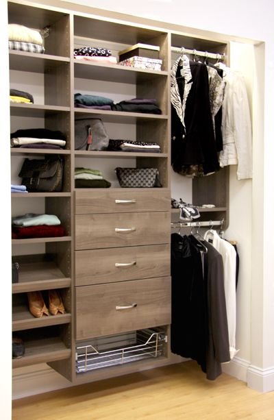 Not Everyone Has A Huge Walk In Closet But Anyone Can Have An Organized Reach Pretty Wood Grain Finish With Lots Of Shelves Hanging E