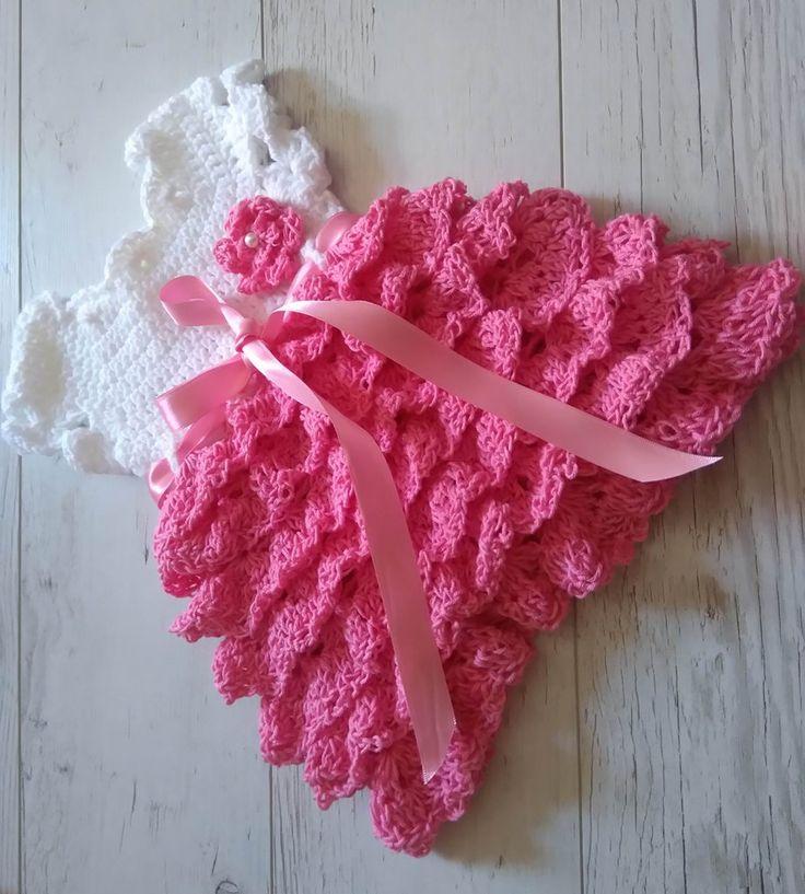 Dress crochet pattern with ruffles
