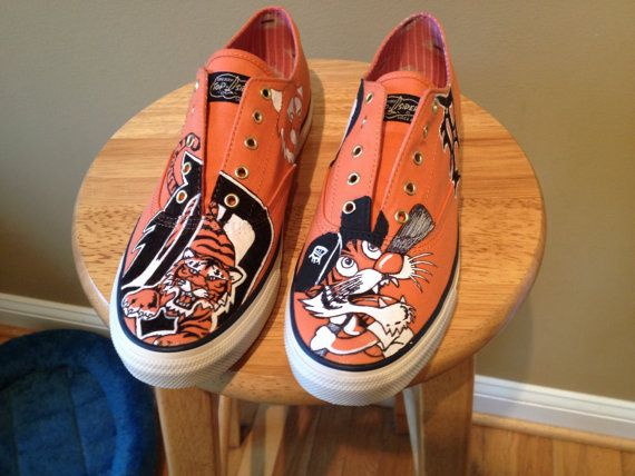 Want tjese so so SOOOO BAD!  Detroit Tigers Baseball shoes by ChromeReflections on Etsy, $130.00