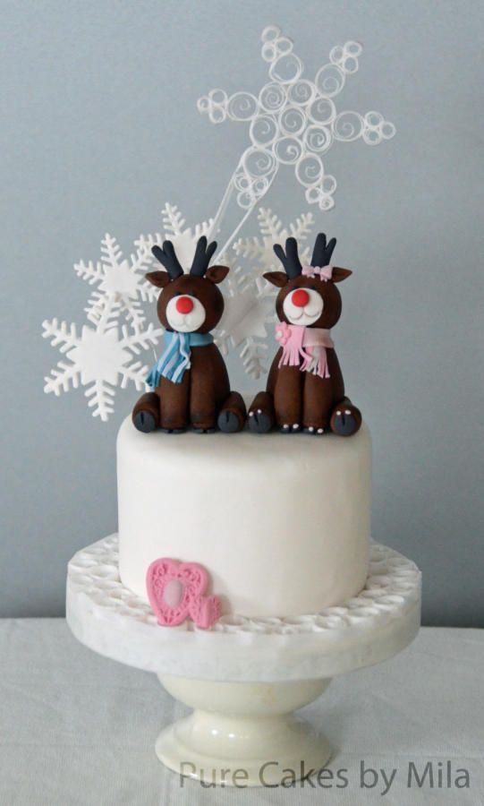 Reindeers and Snowflakes - Cake by Mila - Pure Cakes by Mila