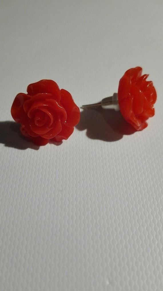 Boucles d'oreilles clou en forme de rose - rouge 10mm