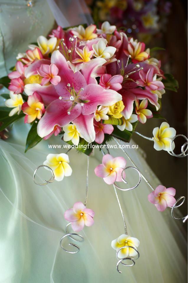 """Funky Curlz"" bouquet is a Willetton Wedding Flowers original design!"