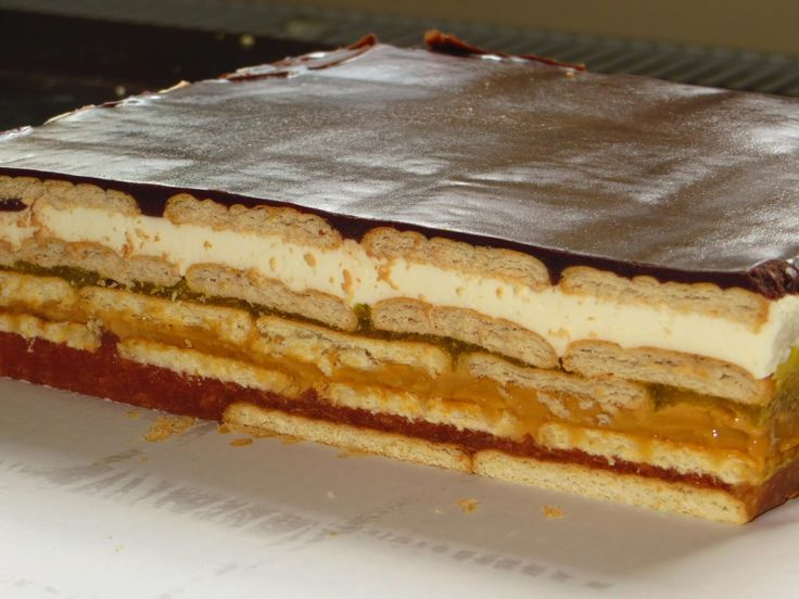 Domowe ciasta i obiady karmelowiec bez pieczenia