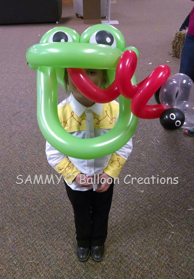Betallic 360's make for an impressive Frog Hat.        www.sammyjballoons.com