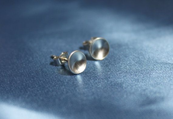 Silver stud earrings  round earrings  silver by TwistingSilver