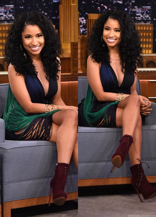 Love this Nicki like this....beautiful