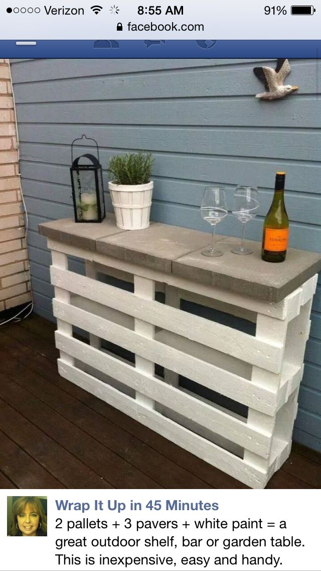 Pallet table for outside cheap good idea!!