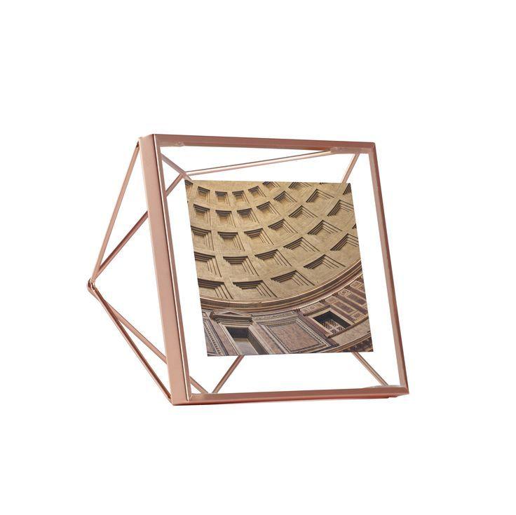 Prisma | Picture Frame | Umbra design by Sung Wook Park #umbra #pitcureframe
