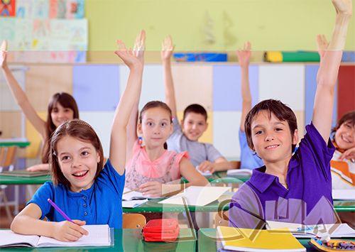 Учим детей учиться. Родители будущих школьников хотят, чтобы учеба давалась их ребенку легко и интересно, ожидают отличных оценок и прекрасного поведения в школе. В первом классе перед вами и ребенком стоит одна общая, самая важная задача – научиться учиться.