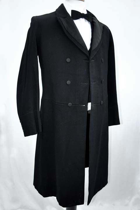 Men's Antique Victorian Wool Frock Coat Formal Dress Coat Men's Antique Victorian Heavyweight Black Wool Prince Albert Double Breasted Frock Coat 38 Chest - £220.00 : Vintage Vampalicous, Vintage antique and preloved clothing for women and chaps - www.vampalicious.co.uk