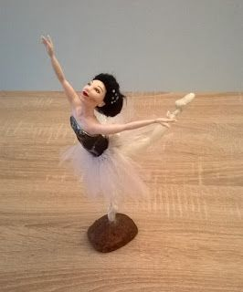Emily Creations... in Cold Porcelain !: Ballerina