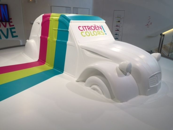 From our Romanian distributor Best Tools we received this beautiful project of a car made from polystyrene covered with Acrylic One, exposed in France on the Champs-Élysées