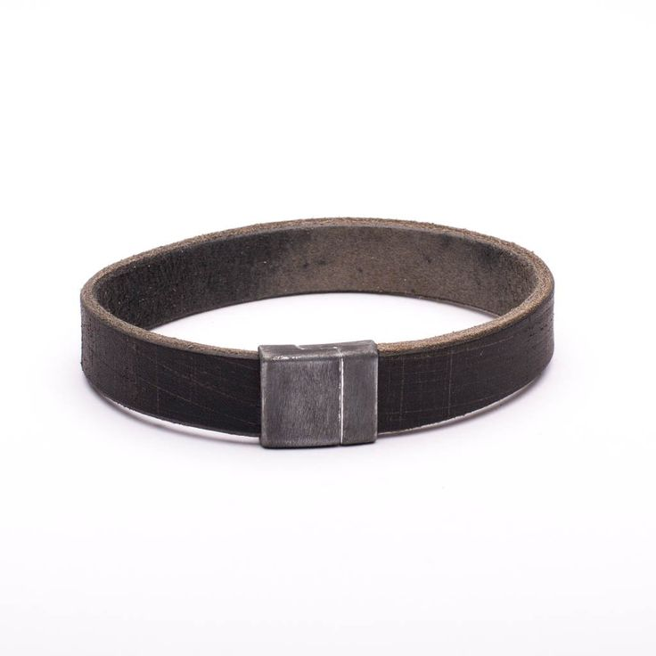 Bracelet Distressed Brown Leather Brushed Dark Silver Magnetic Clasp
