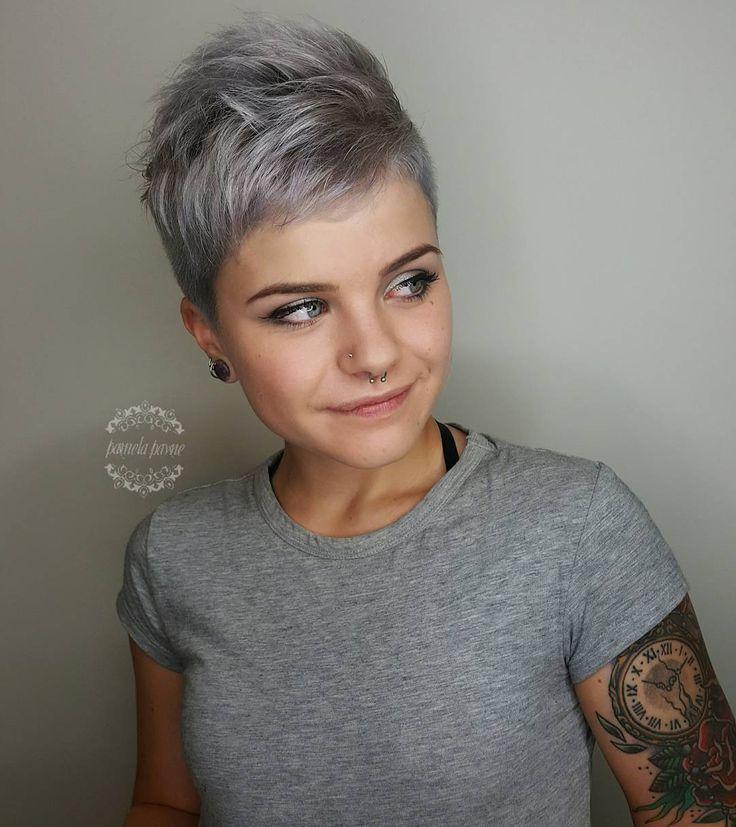 @pamelapaynehairart  •  #kenra #metallichair #silverhair  •  @rhianna_browne  •  :)