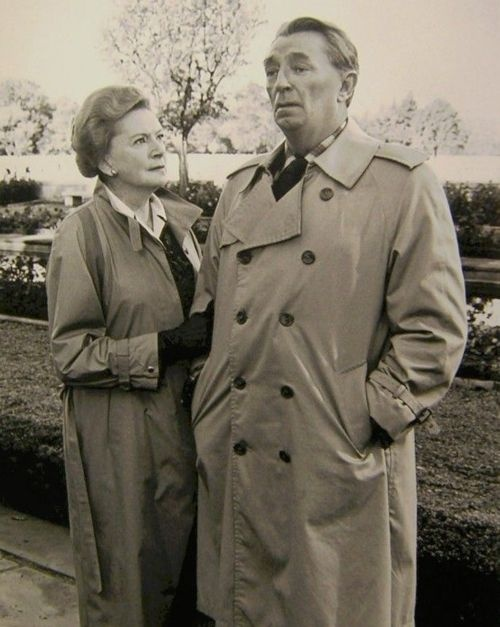 Debra Kerr & Robert Mitchum