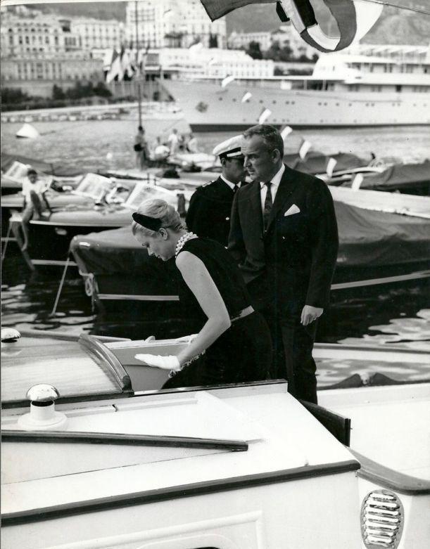 La Principessa Grace e il Principe Ranieri, Febbraio 1962