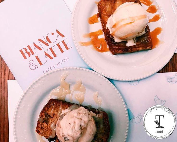Bread pudding y torts de manzana  Bianca y latte
