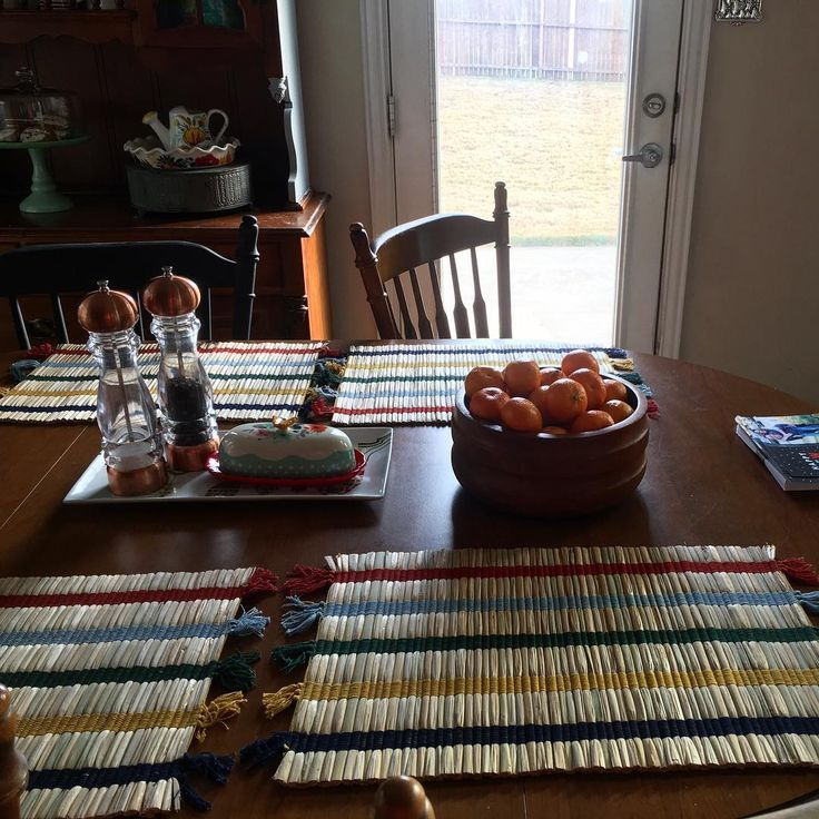 Found an actual thrift store yesterday and snactched up these placemats for $.79 each! Love their stripes #thriftyhunter #thriftedfinds #thriftedhome #eclectic #bohohome #vintagehome #fleamarket #fleamarketstyle