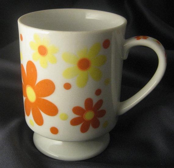 This mug makes me happy!Darling Daisies