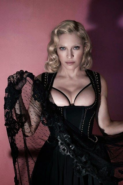 Joury Blog: Topless photos of Madonna in Interview